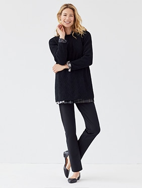 Ways to wear outfit BUTTONED-BACK SHIRTTAIL TUNIC - w/  Cardi