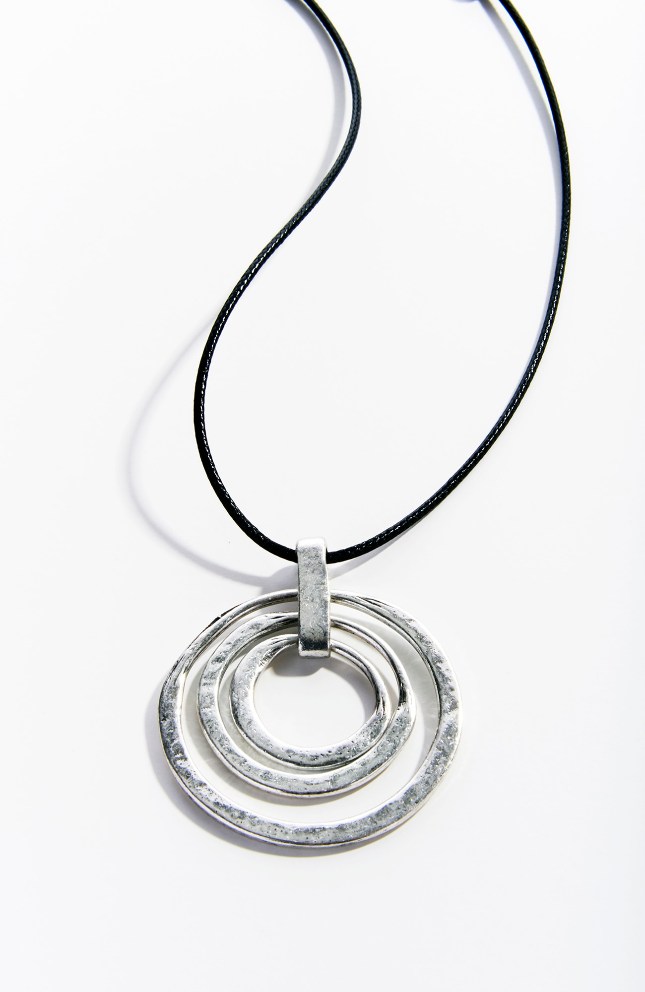 Pure Jill sculpted rings pendant necklace