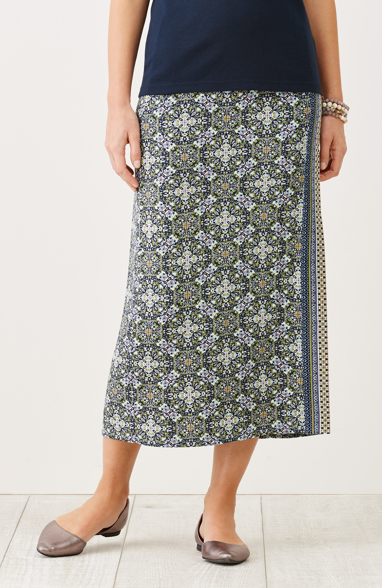 print wrap-style knit skirt