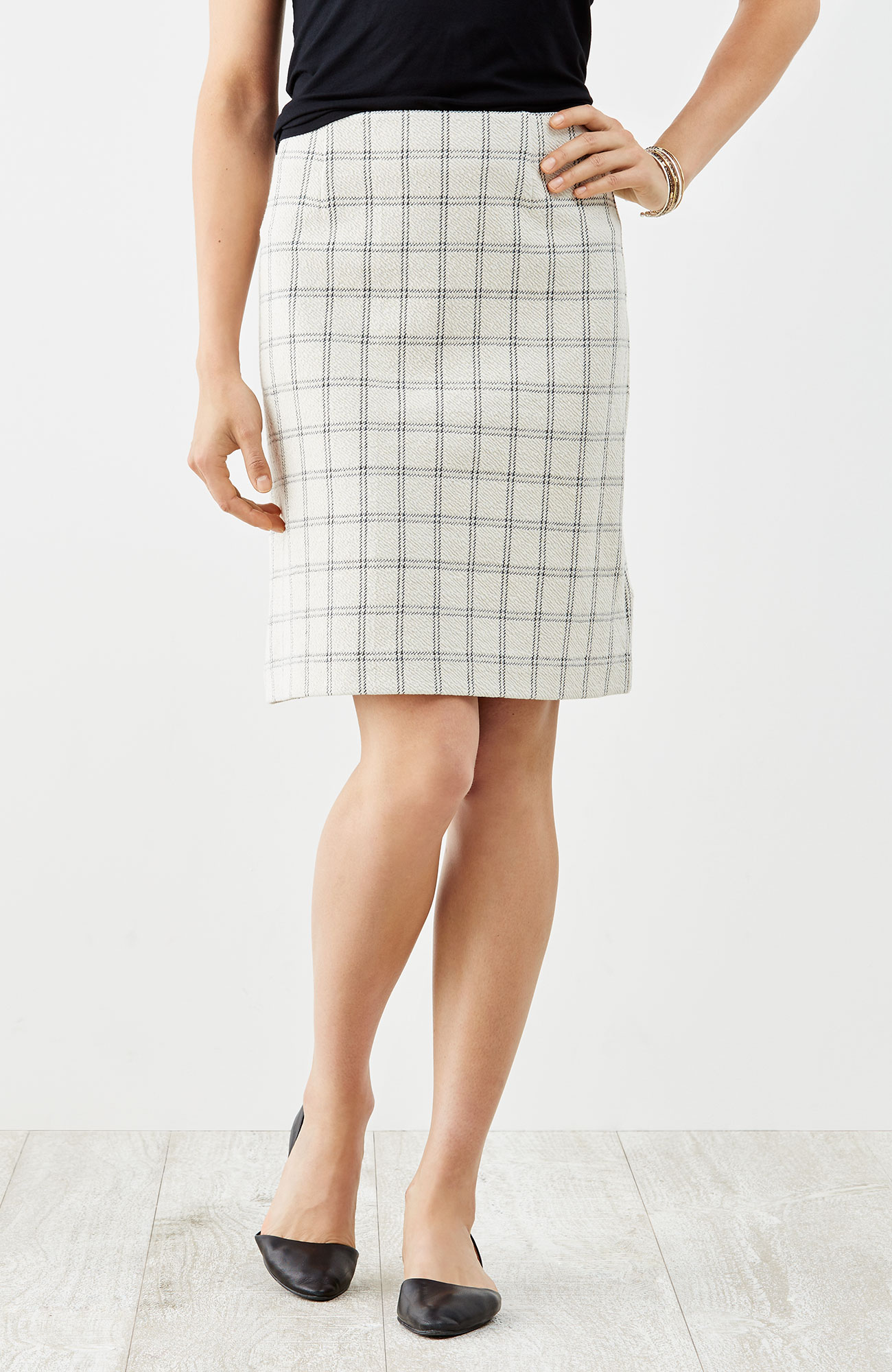 crinkled A-line knit skirt