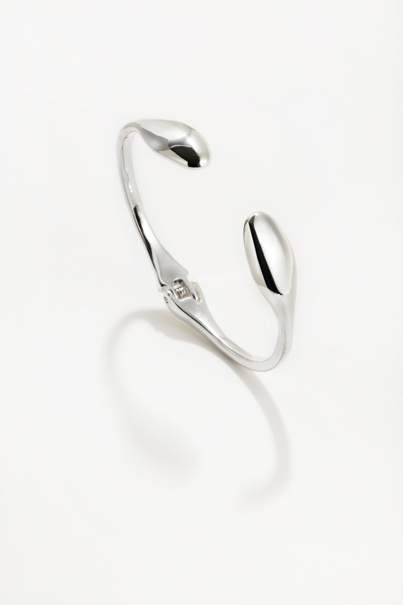 sculpted teardrop cuff bracelet