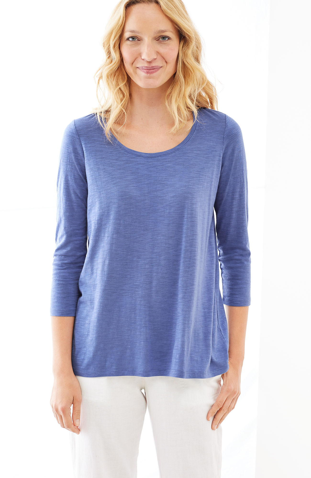 elliptical shirred-back tee