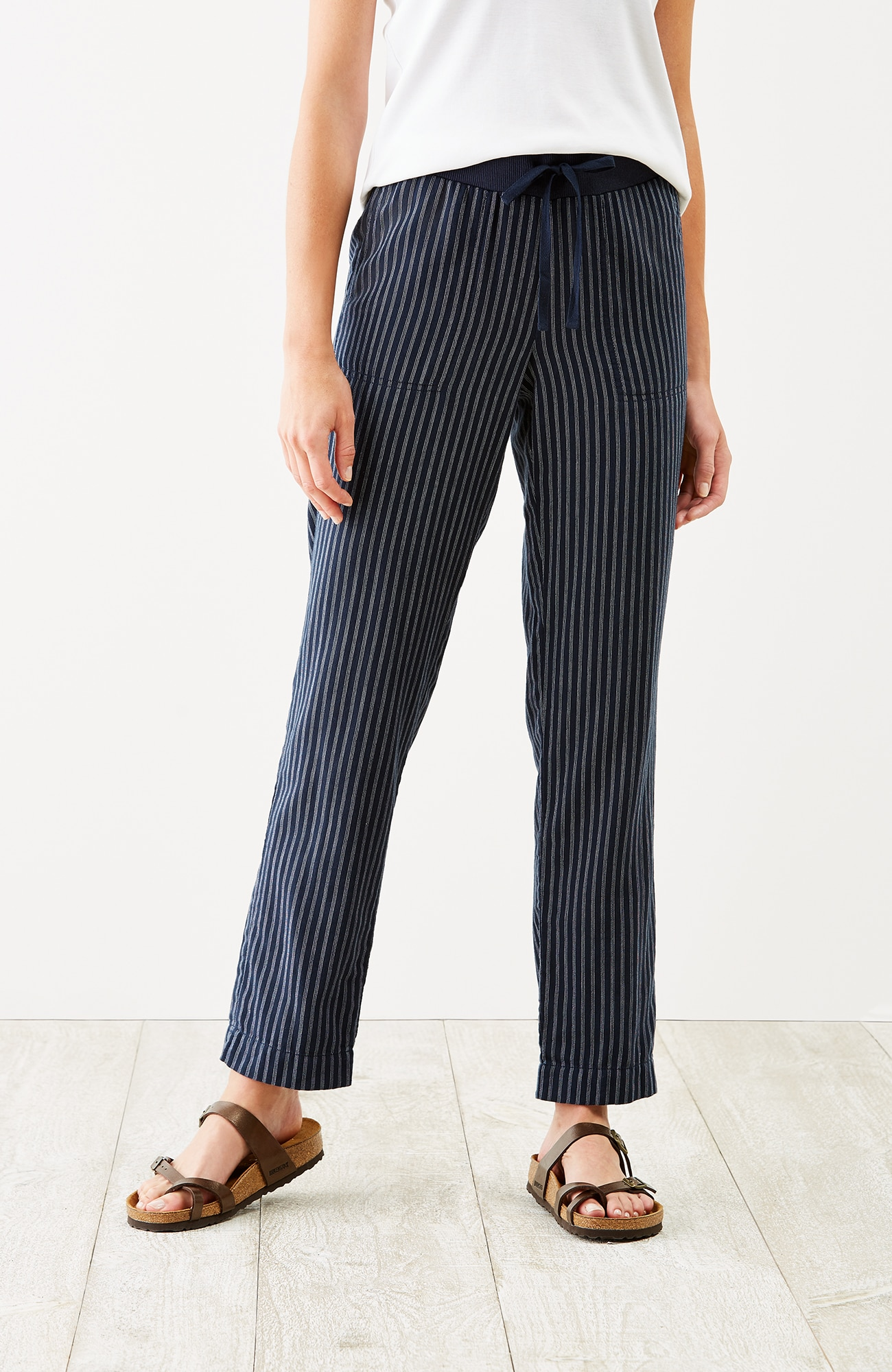 easy double-cloth ankle pants