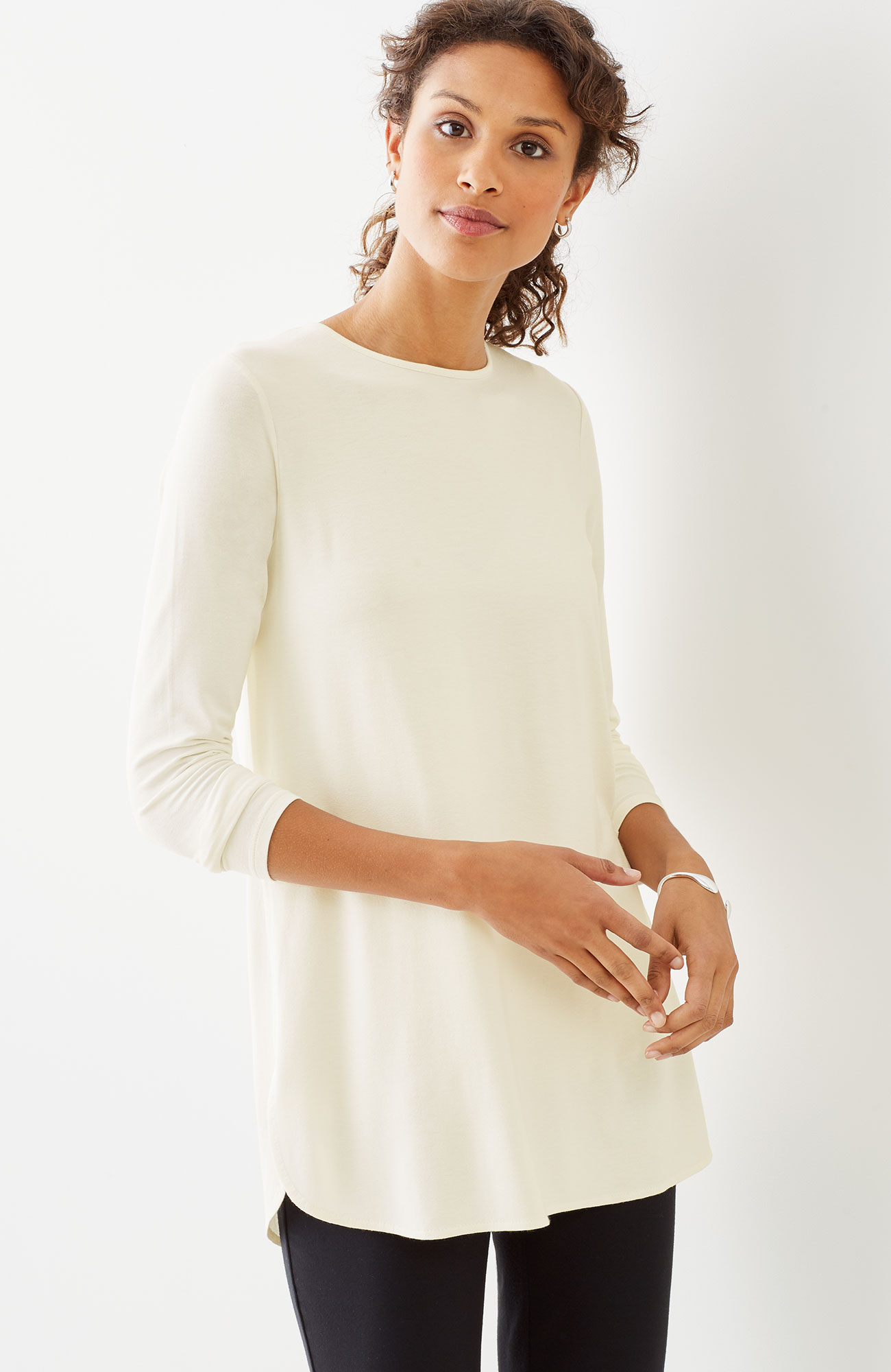 Wearever pleated-back shirttail tunic