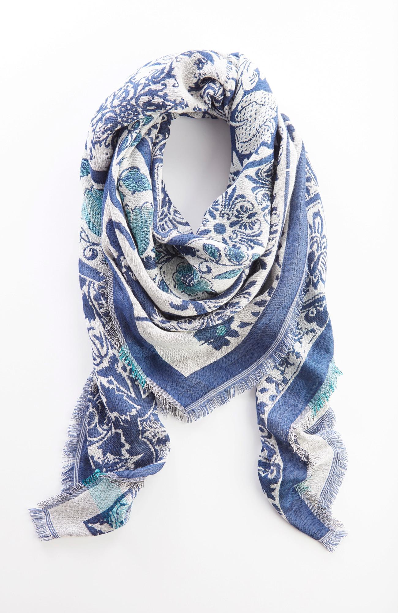 jacquard-medallions square scarf