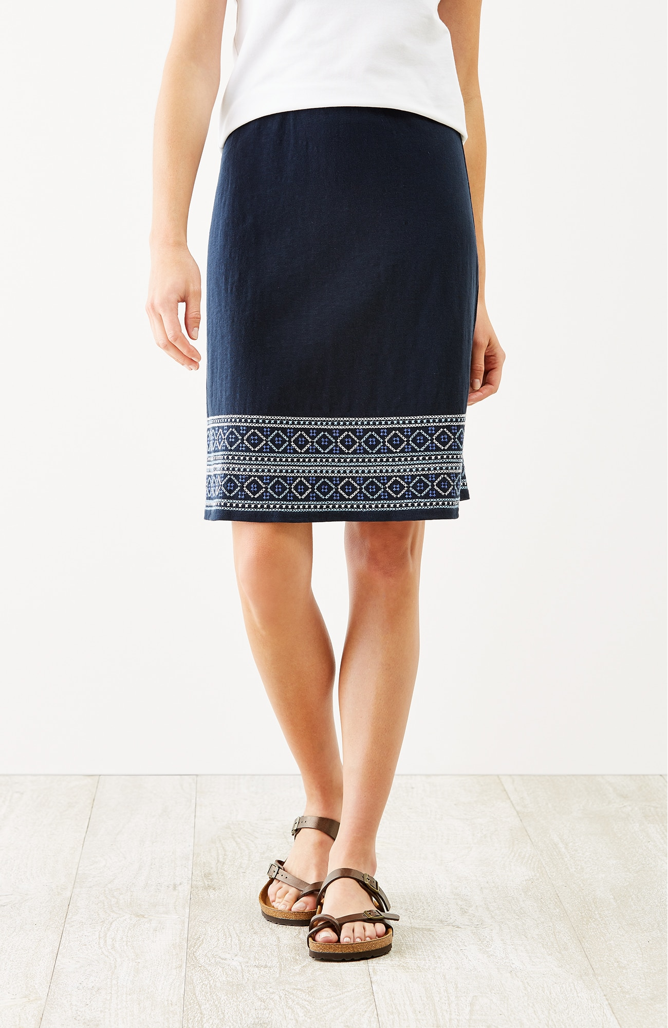 embroidered knit A-line skirt