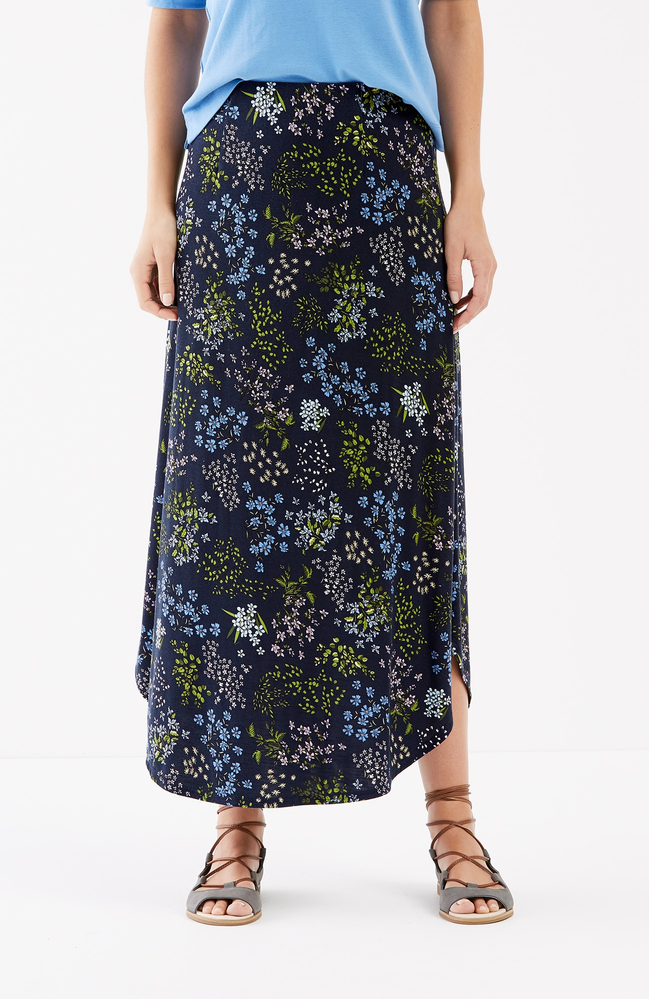 curved-hem floral knit maxi skirt