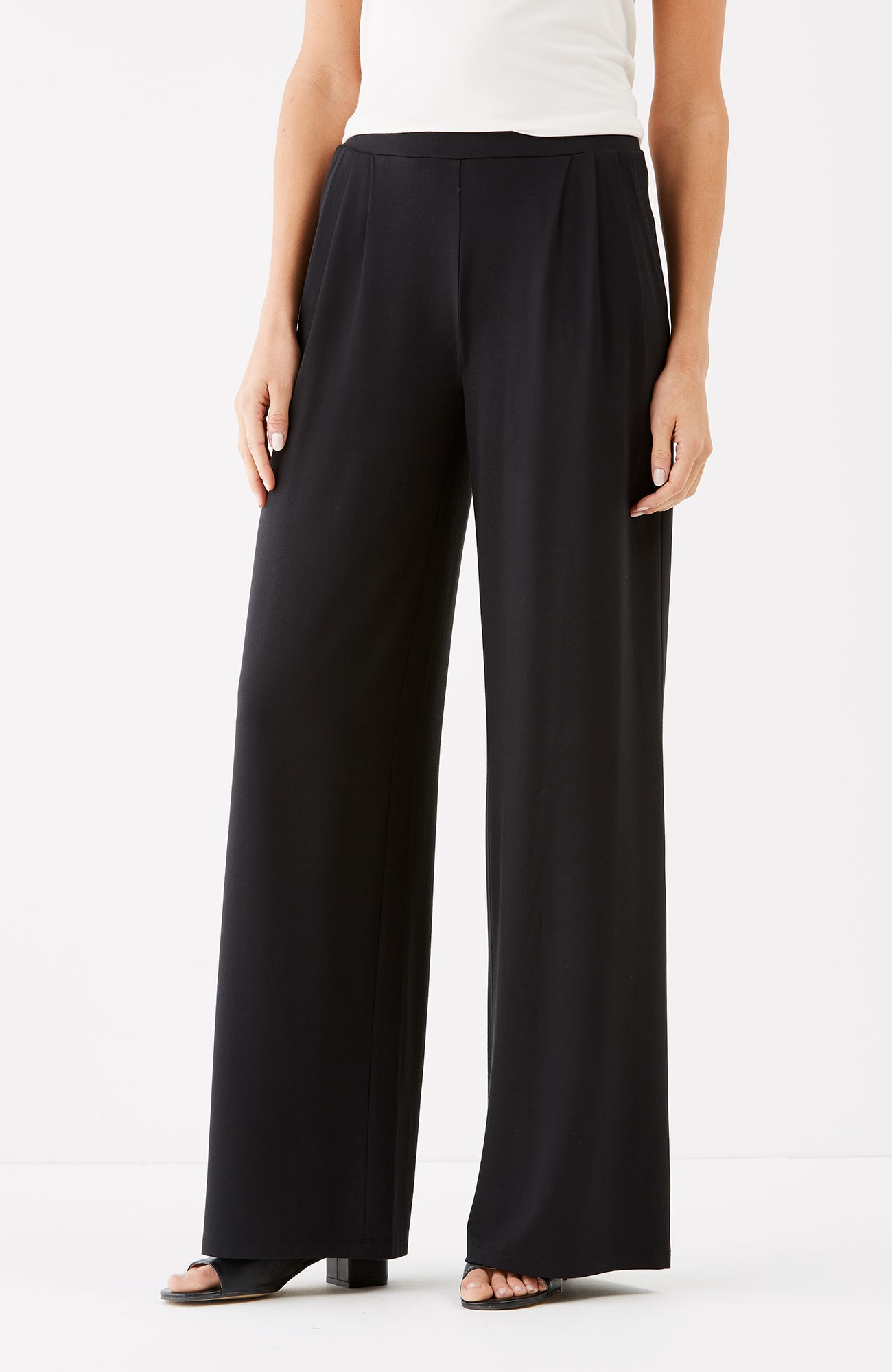 Wearever pleated wide-leg pants