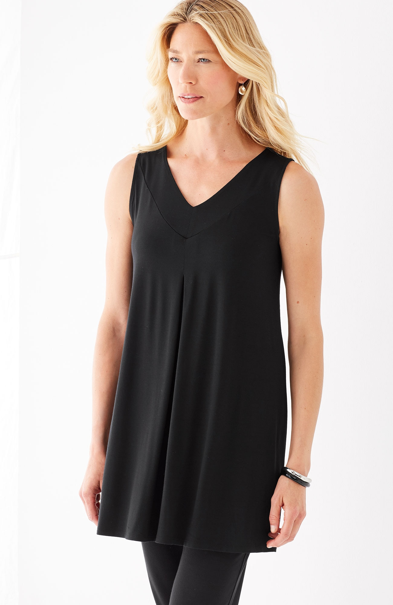 Wearever V-neck sleeveless tunic