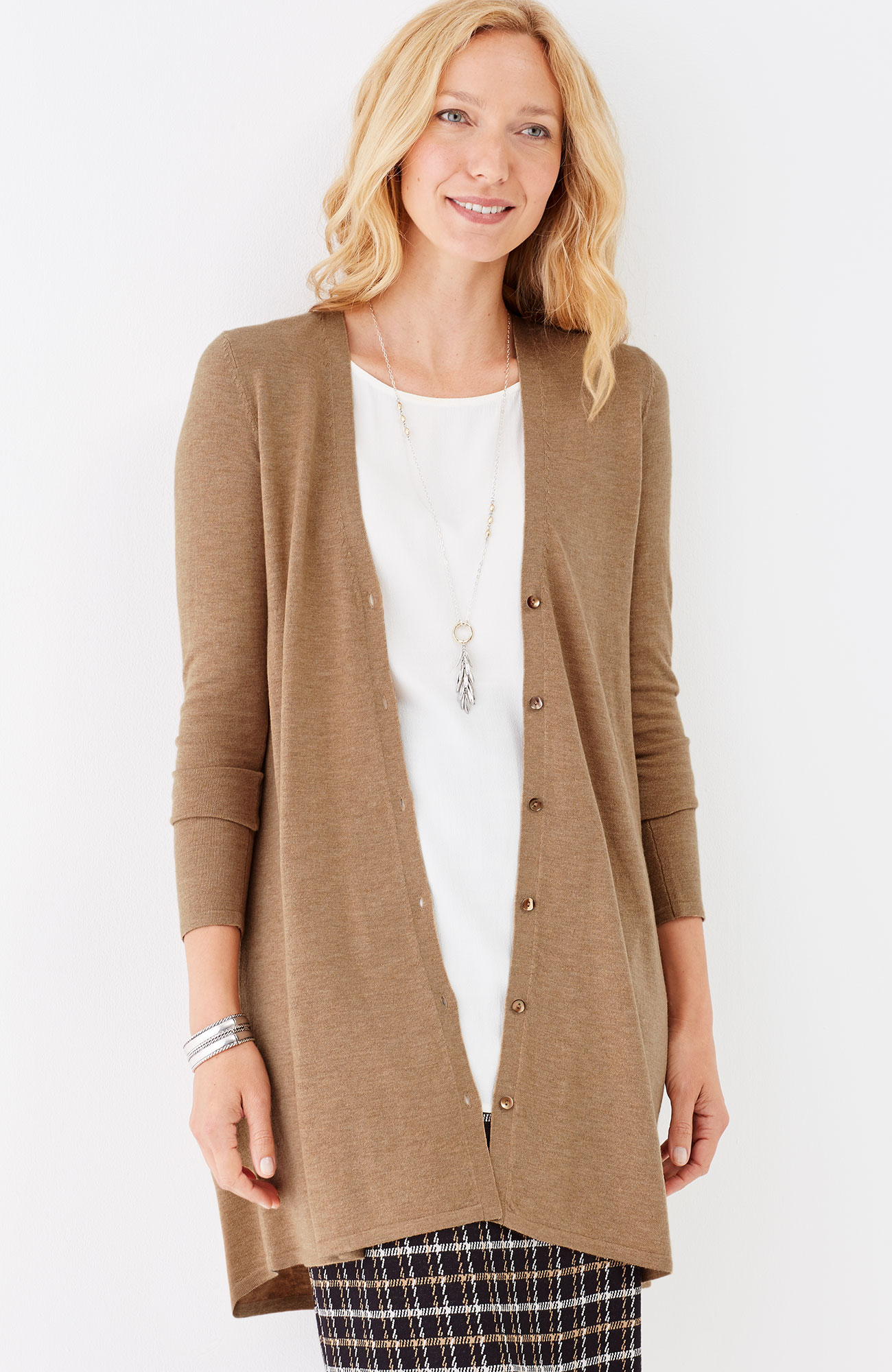 elliptical V-neck swing cardi