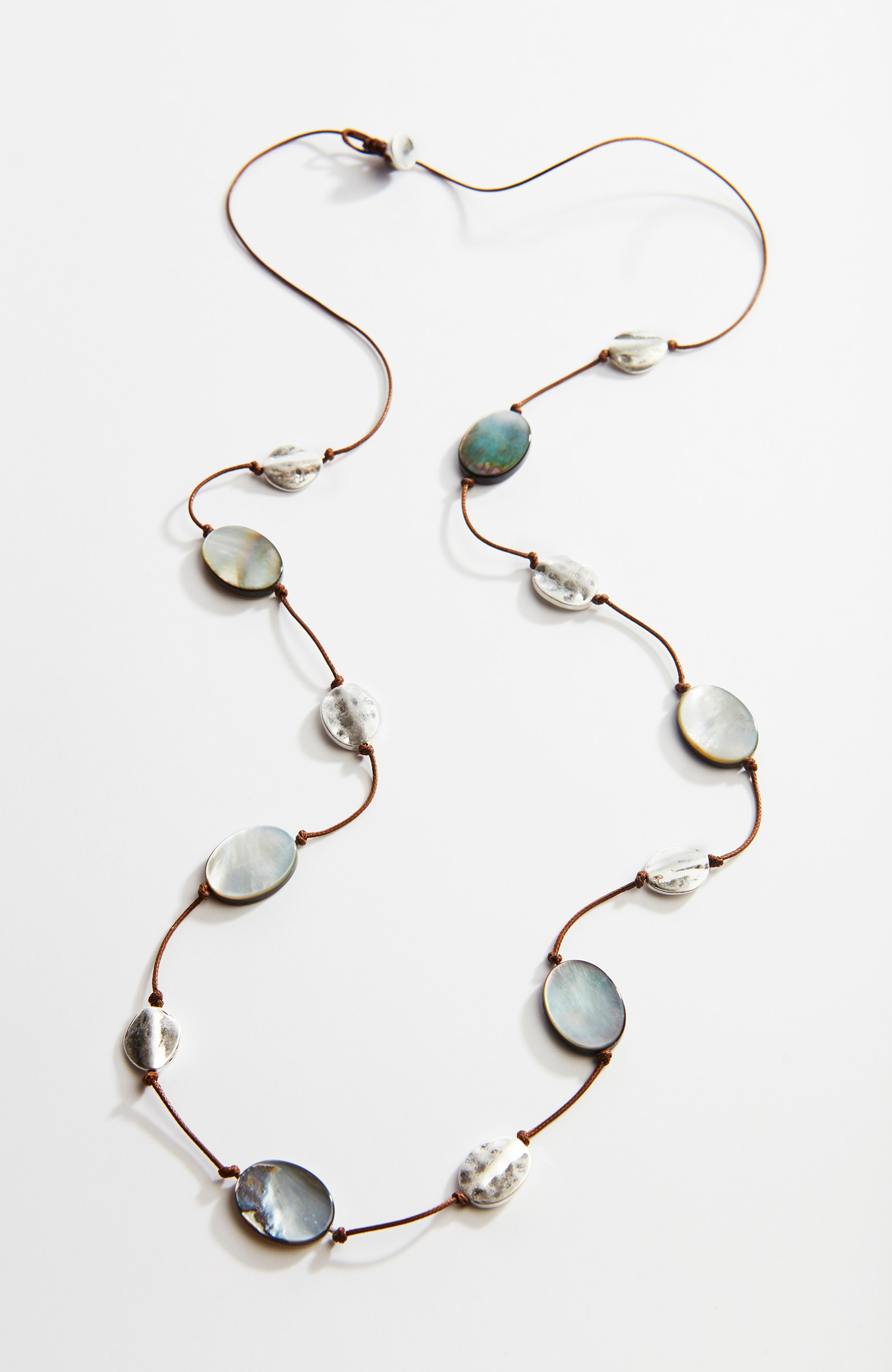 luminous shell & metal station necklace
