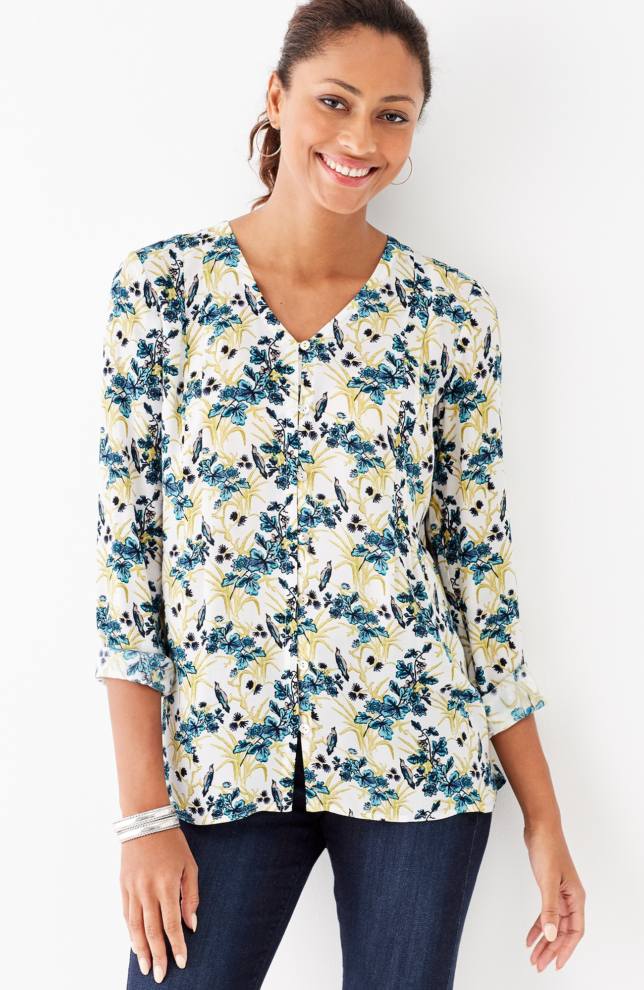pleated V-neck print blouse