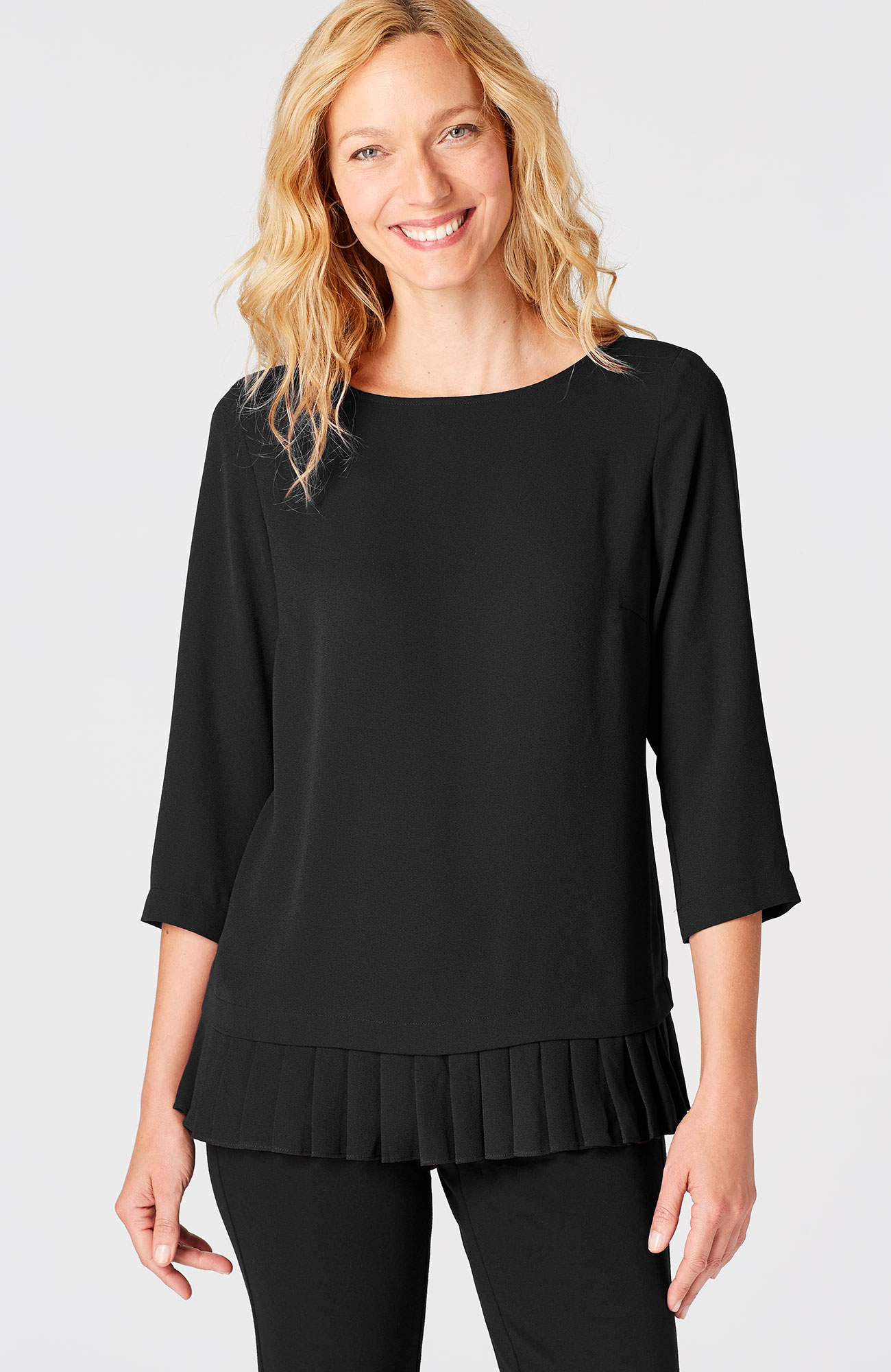 pleated-border top