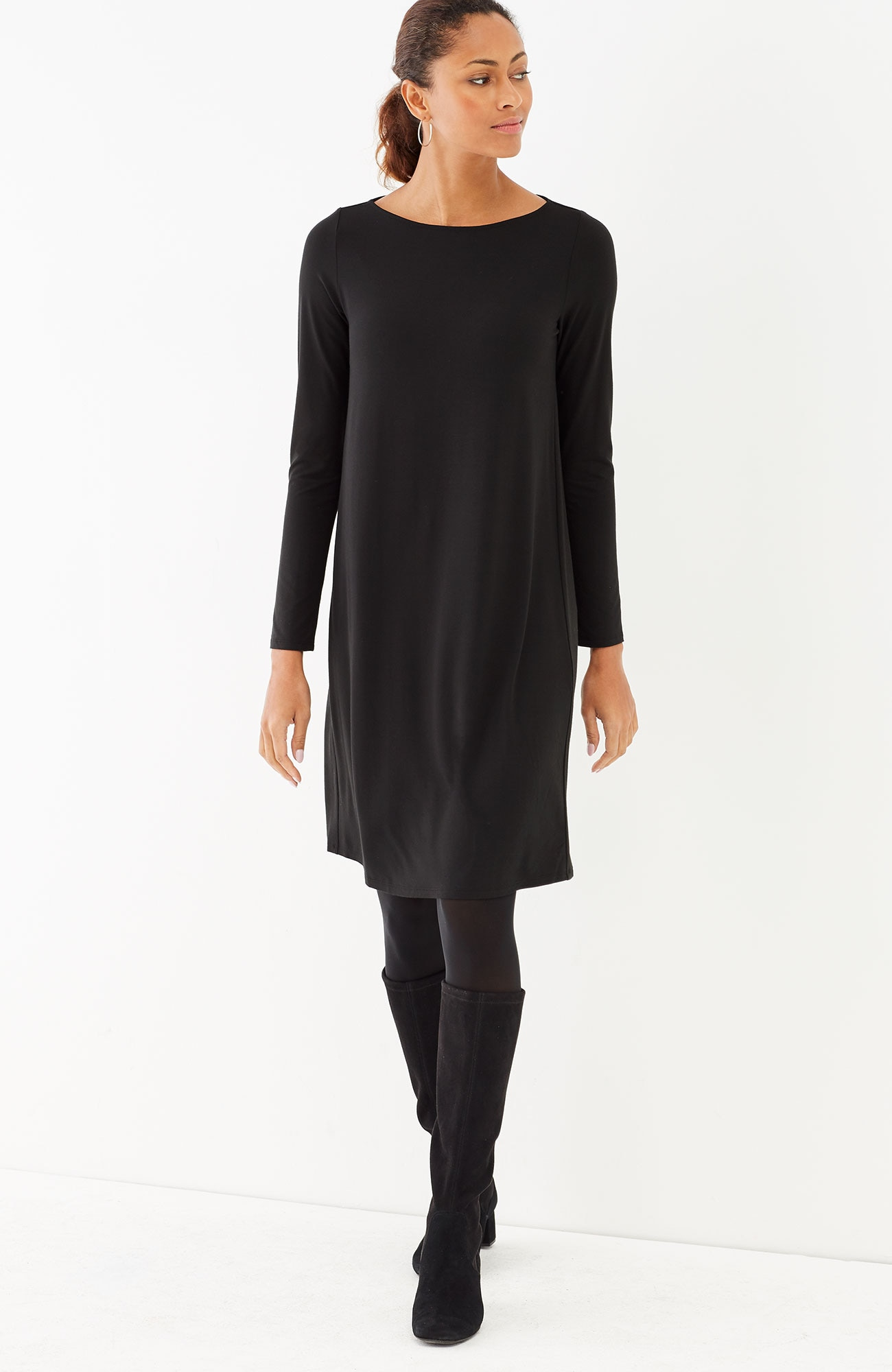 Wearever long-sleeve back-pleat dress
