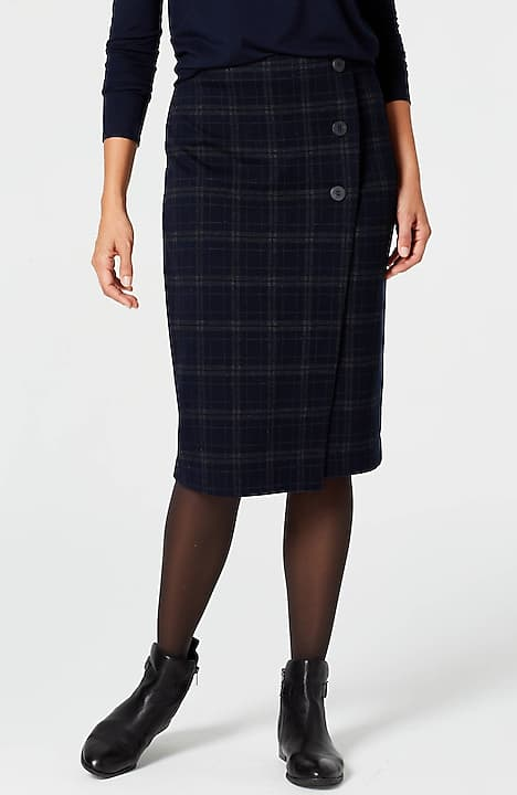 three-button wrap-style knit skirt
