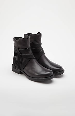 Product Image for Born® Perl Boots