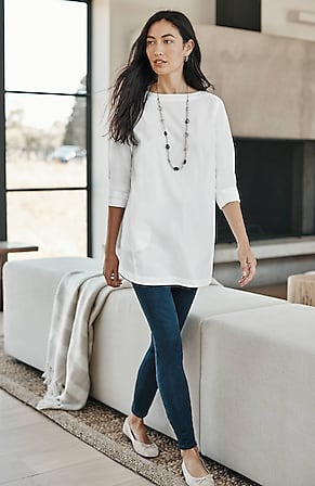 Image for Cotton-Stretch Pleated-Back Tunic