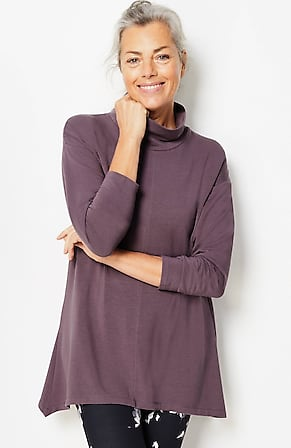 Image for Fit Ultimate-Fleece Dipped-Hem Tunic