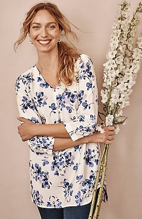 Image for Soft V-Neck Buttoned-Sleeve Tunic
